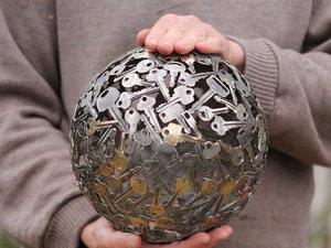 Художественный музей мусора открылся возле Обнинска |
