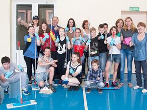 Сотрудники Роновы провели день чистоты в детском центре |