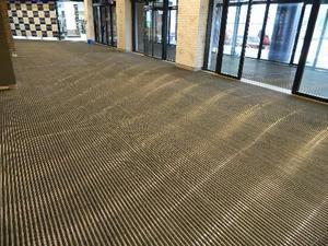 Компания Клинпарк завершила монтаж грязезащиты в ТРЦ Небо |
