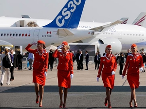 Бортпроводников Аэрофлота хотят заставить заниматься клинингом