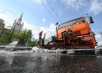 Московские власти переходят на немецкое средство для мытья дорог |